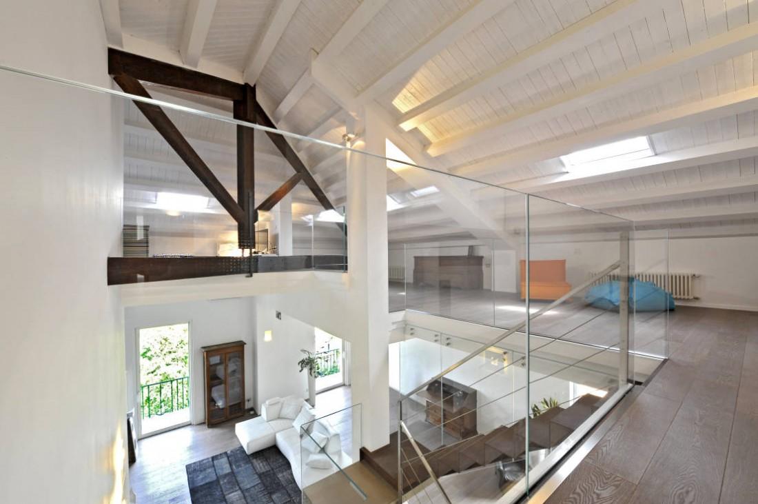 Zeta concept arredare un appartamento su due piani 3 for Piani loft appartamento